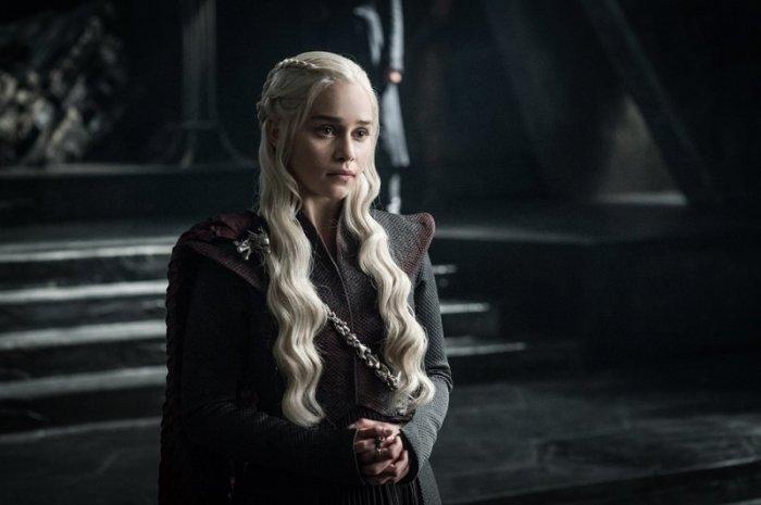 Спойлер финального эпизода «Игры престолов»: замок Старков в огне!