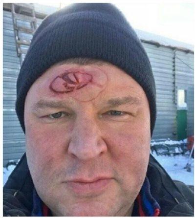 Охранник из «Универа» напугал подписчиков кровавыми логотипами «Лады» и «Мерседеса» на лбу