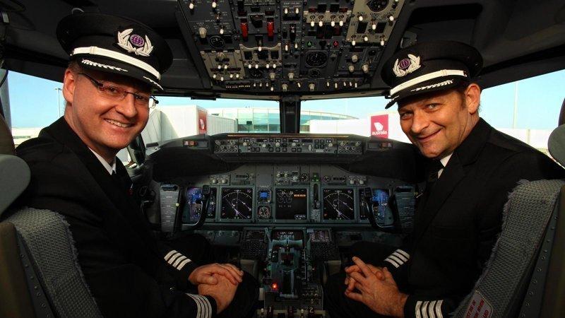 Во время рейса Пхукет-Алматы весь самолет играл в «Кто хочет стать миллионером»