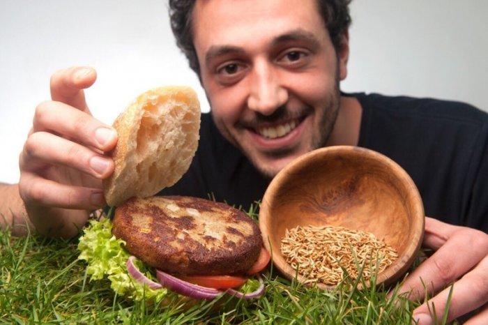 Аппетитный стартап: в Германии продают бургеры с насекомыми