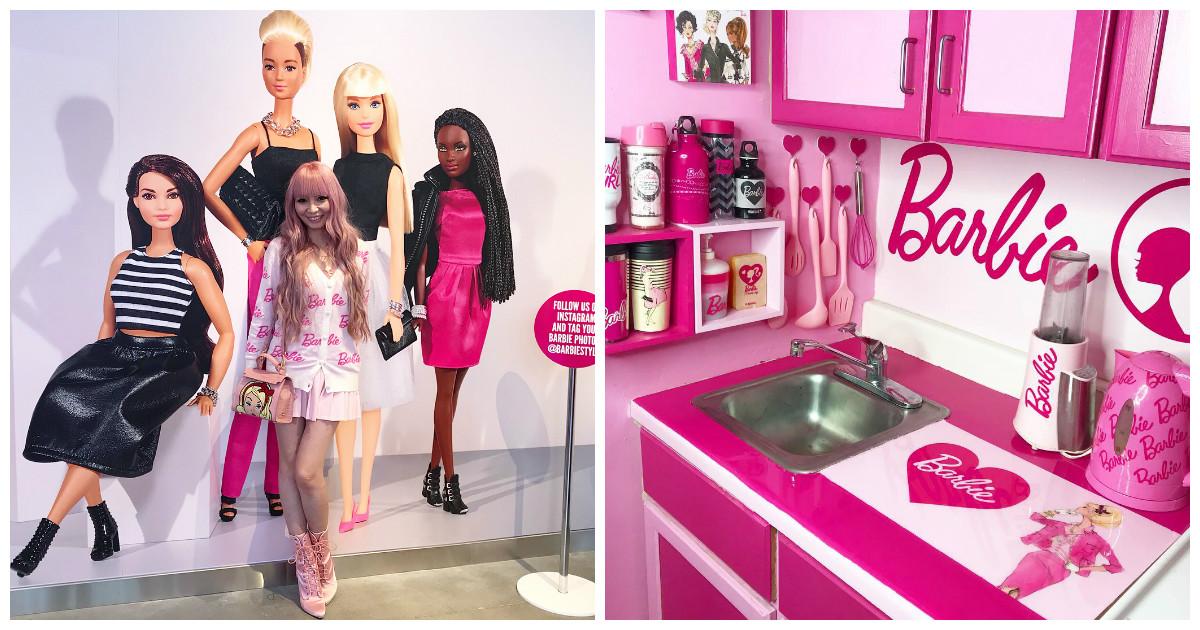 В гостях у настоящей фанатки куклы Барби