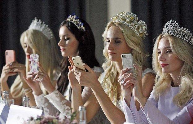 """Гламурные королевы красоты с широкой костью в конкурсе """"Мисс Украина Плюс Сайз"""""""